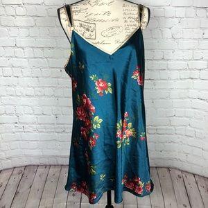 Jones New York Satin Floral Nightgown Lingerie